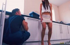 Hairy Nymphomaniac Teen Fucked On Foot In The Kitchen
