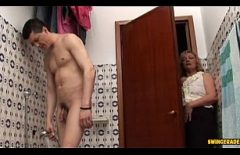 Old Woman Surprised Her Groom When Showering And Fucking Him