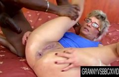 Xxx Porn With Mature Women Who Fuck Very Hard In The Pussy