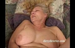 The Woman With Big Tits Rubbed Her Pussy Until She Makes A Sensation