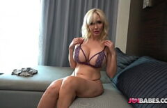 Blonde With A Cool Body Puts A Dildo In Her Pussy