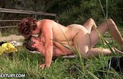 Wild Sex With Two Fools That Fuck On Wet Grass